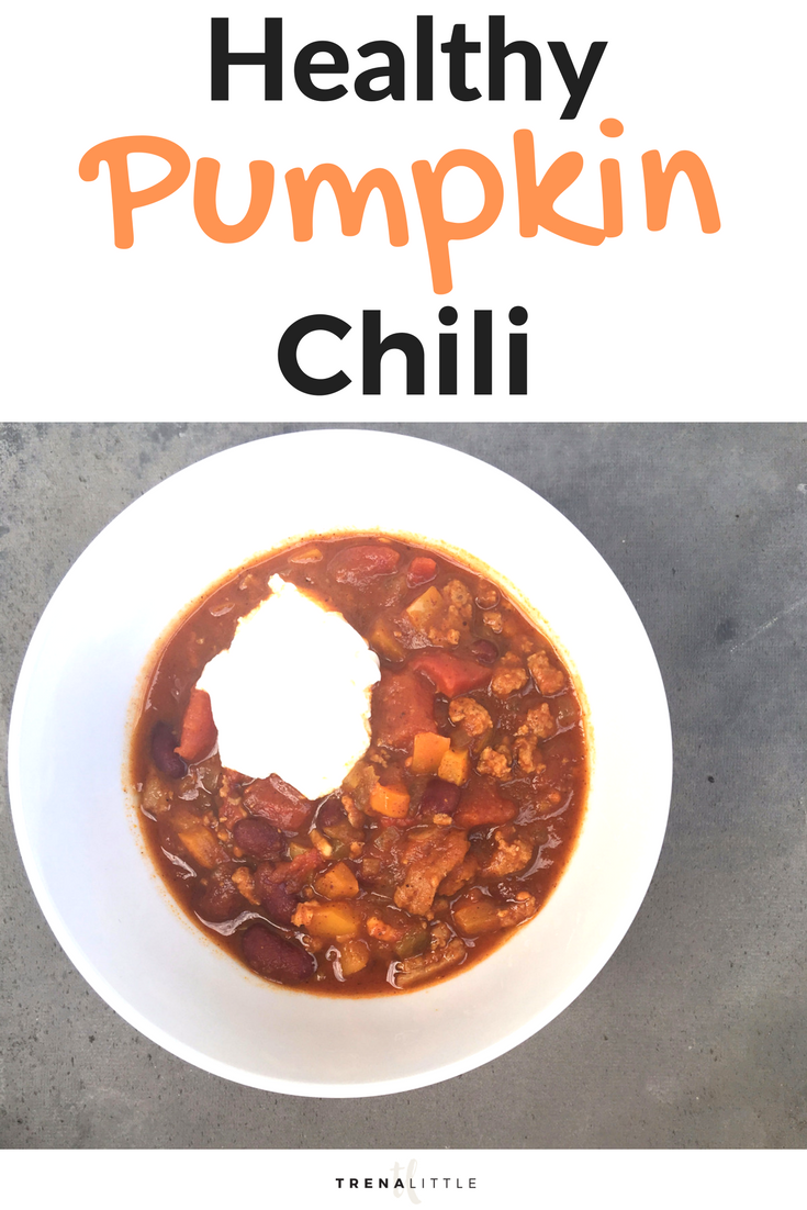 This is THE BEST healthy pumpkin chili recipe. It's a perfect recipe for the fall and a great healthy comfort meal.