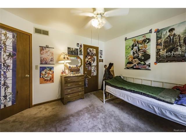 6520 CROFOOT Road, Iosco Twp 48843 - Bedroom