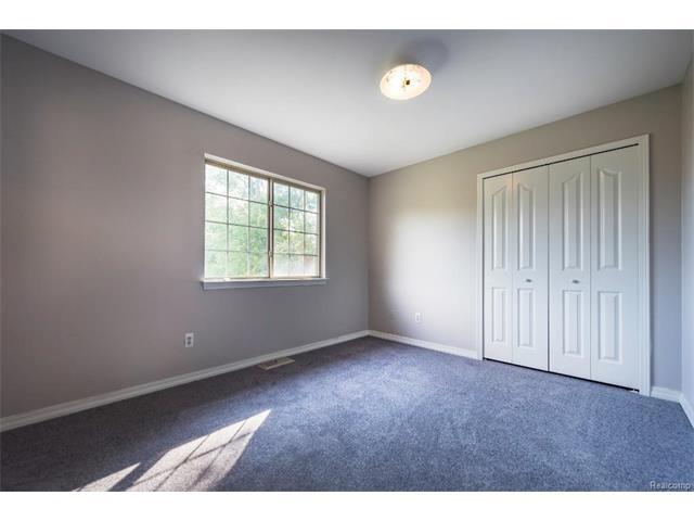 5397 Michael Drive, Ypsilanti Twp 48197 - Bedroom