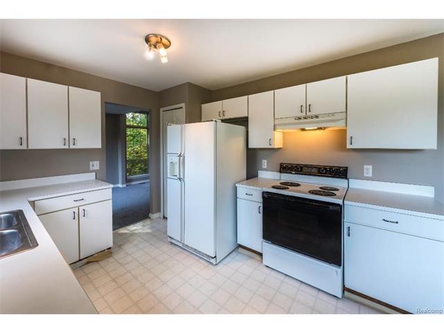 5397 Michael Drive, Ypsilanti Twp 48197- Kitchen 2