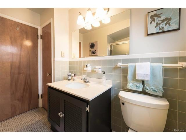 Bathroom 2 - 4371 Myron Avenue, Wayne 48184