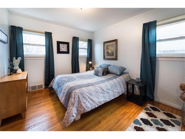 Bedroom 8 - 4371 Myron Avenue, Wayne 48184