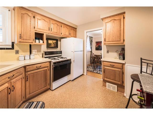 Kitchen 2 - 4371 Myron Avenue, Wayne 48184