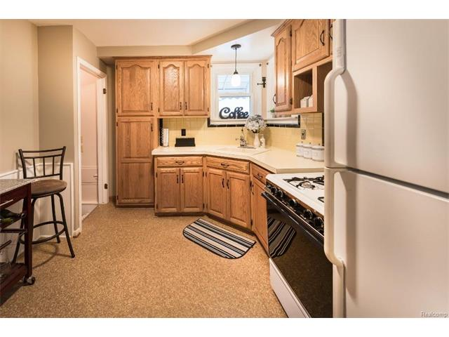 Kitchen 4 - 4371 Myron Avenue, Wayne 48184