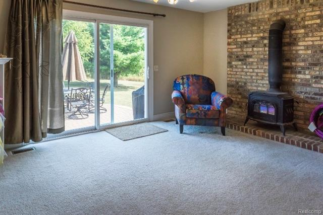 Finised Basement - 62800 HICKORY HILL Court, Lyon Twp 48178