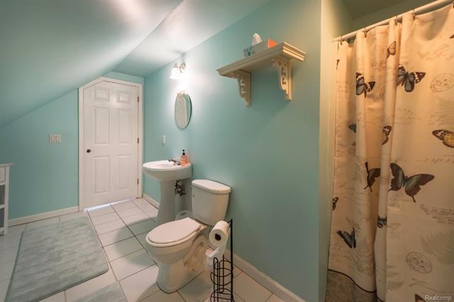 Bathroom - 62800 HICKORY HILL Court, Lyon Twp 48178