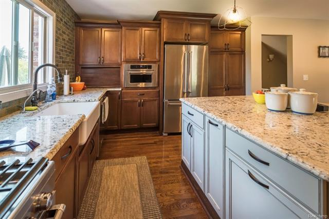 Kitchen - 62800 HICKORY HILL Court, Lyon Twp 48178