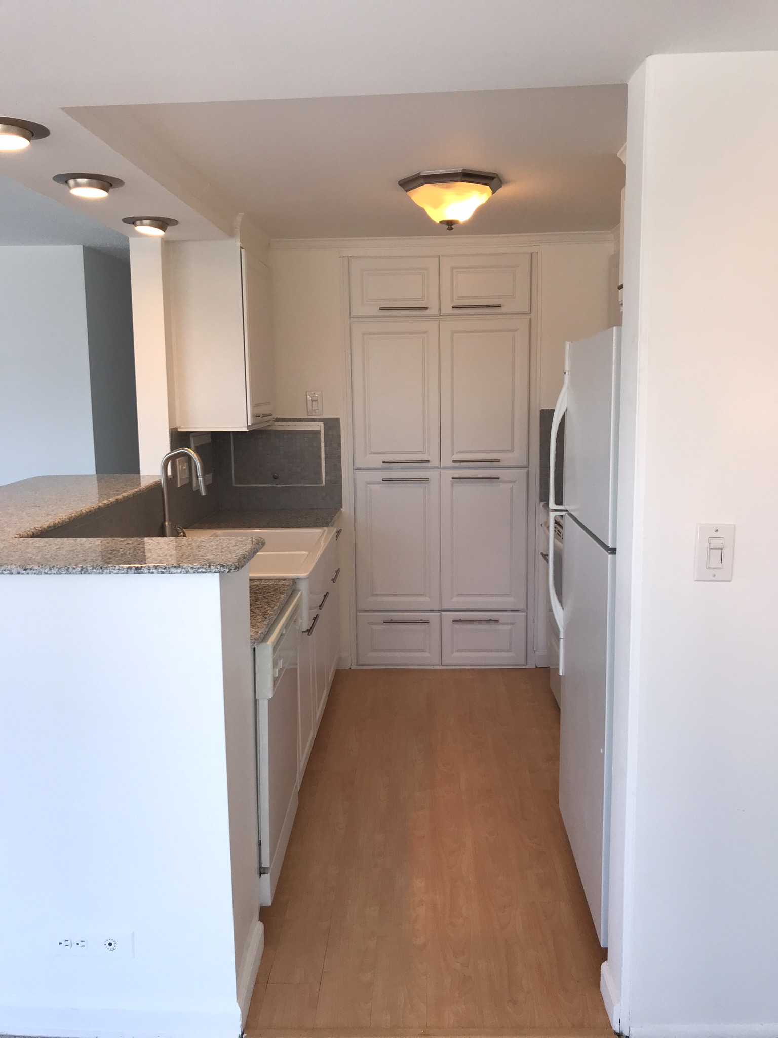 Kitchen - Hinton Real Estate Group
