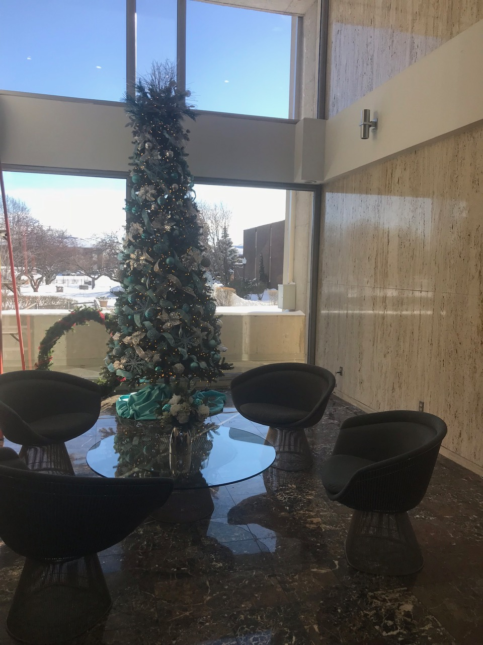 Lobby - Hinton Real Estate Group