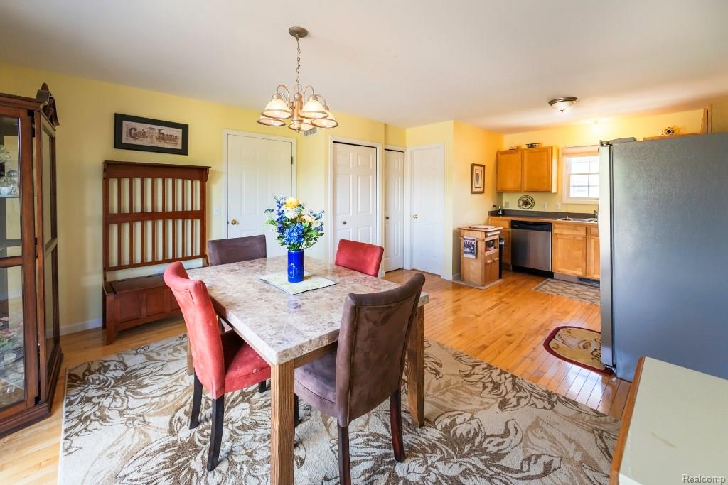 Large Dining Room - 341 ANN MARIE Drive