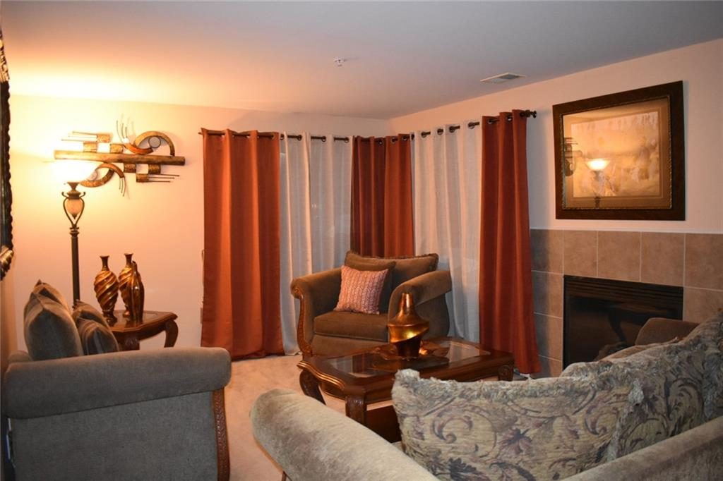Condo in Ypsi For Sale - Hinton Real Estate Group