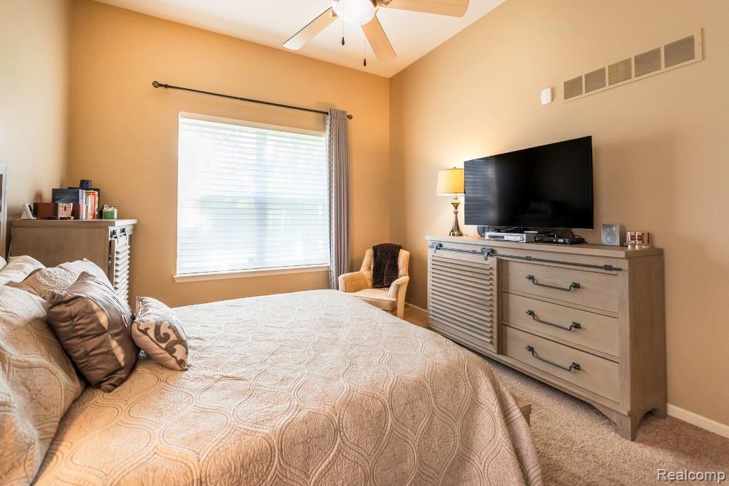 Master Bed Room 2.jpeg