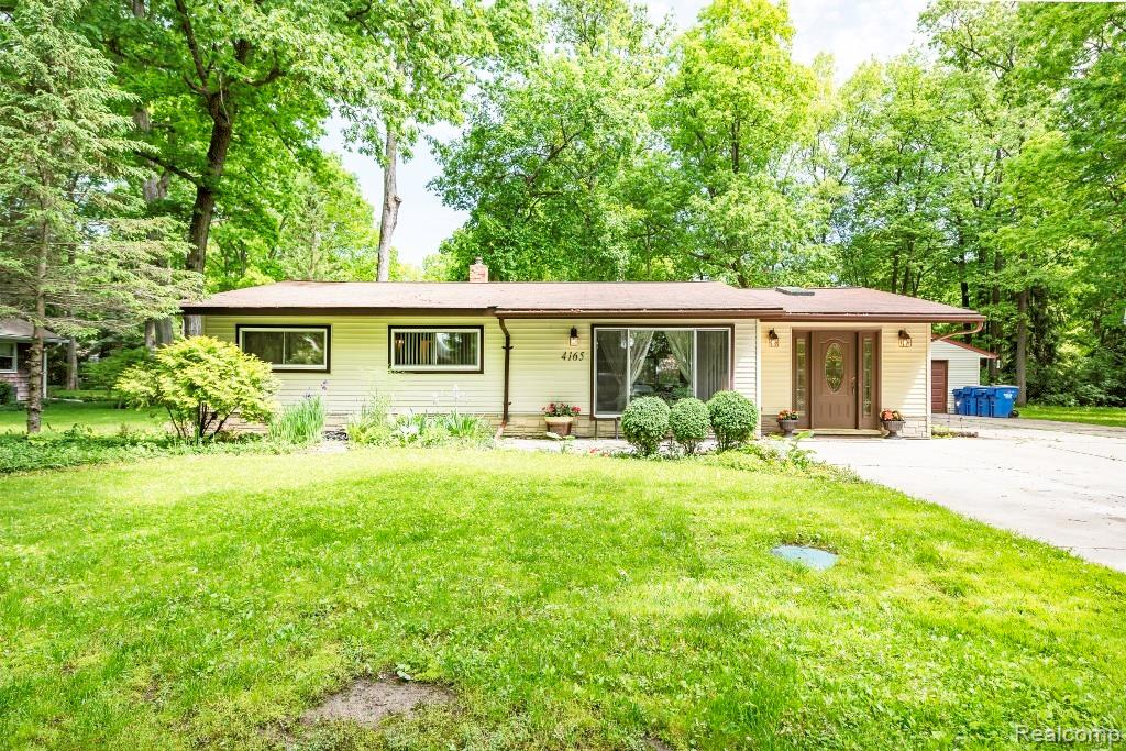 Homes For Sale in Ann Arbor - Hinton Real Estate Group
