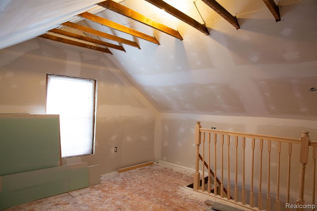 Loft 2.jpeg