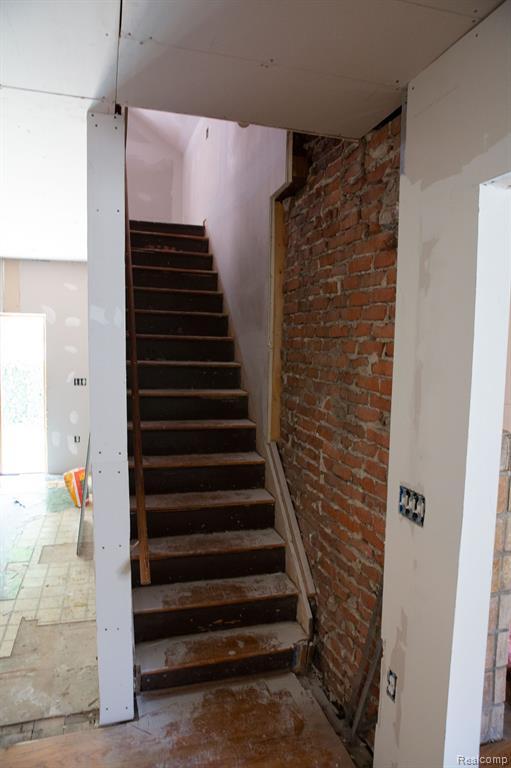 Upstairs.jpeg