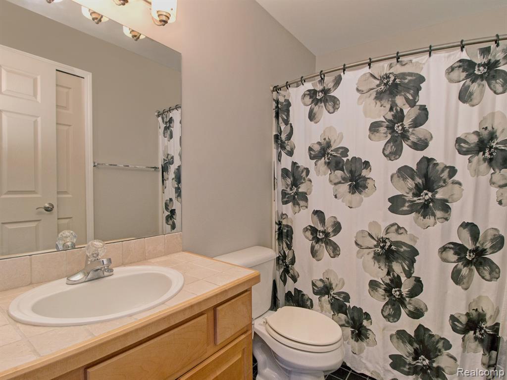 Bathroom .jpeg