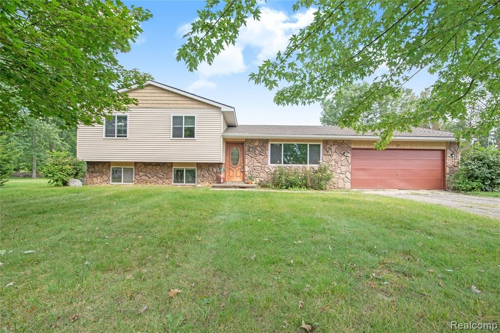 Homes FOR SALE in Superior Twp- Hinton Real Estate Group