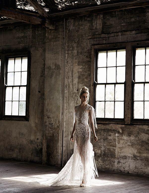 3295b5897255699b3982a63a424153db--bridal-shoot-fashion-editorials.jpg