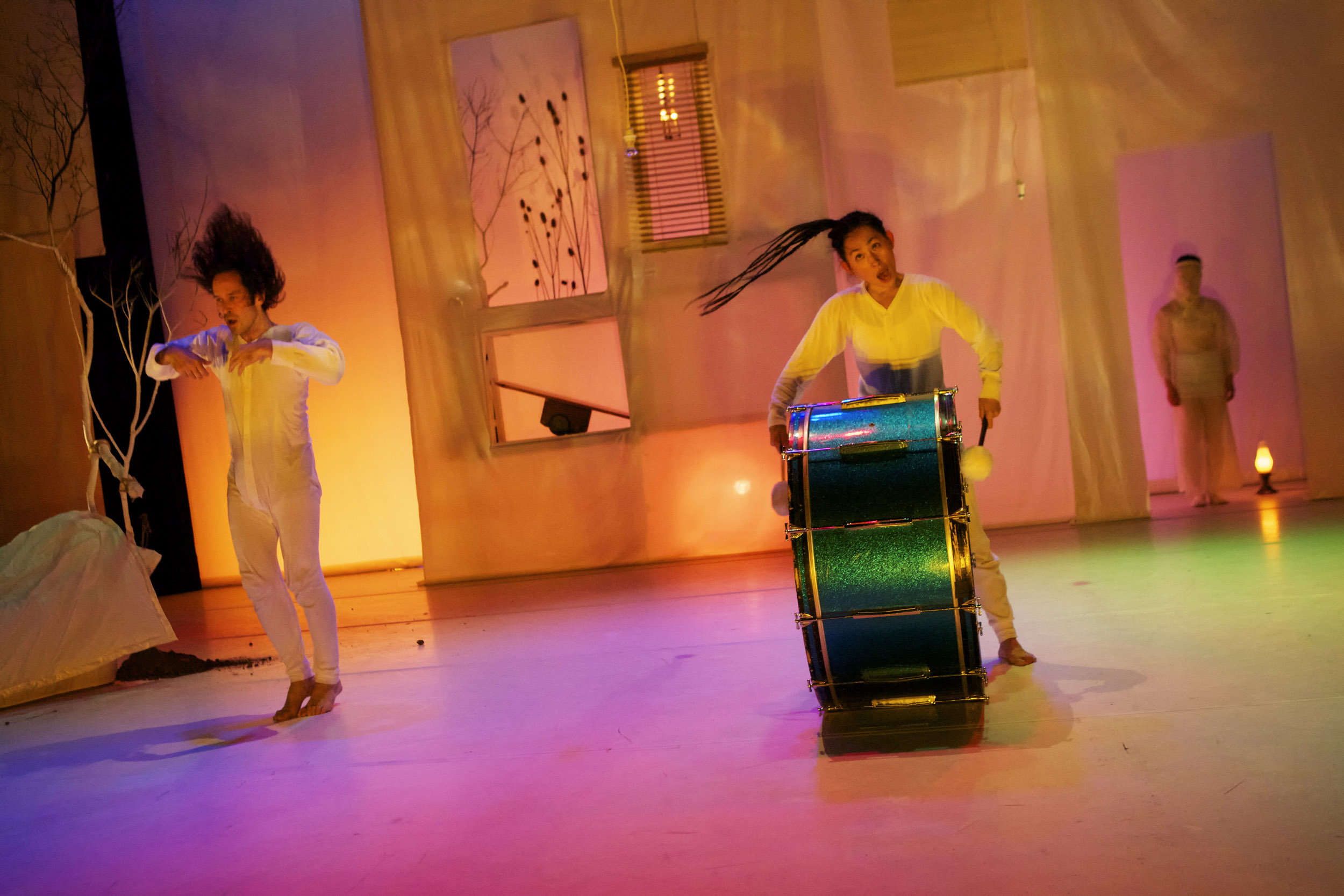 line-between-inkboat-odc-theater-allen-willner-lighting-.jpg