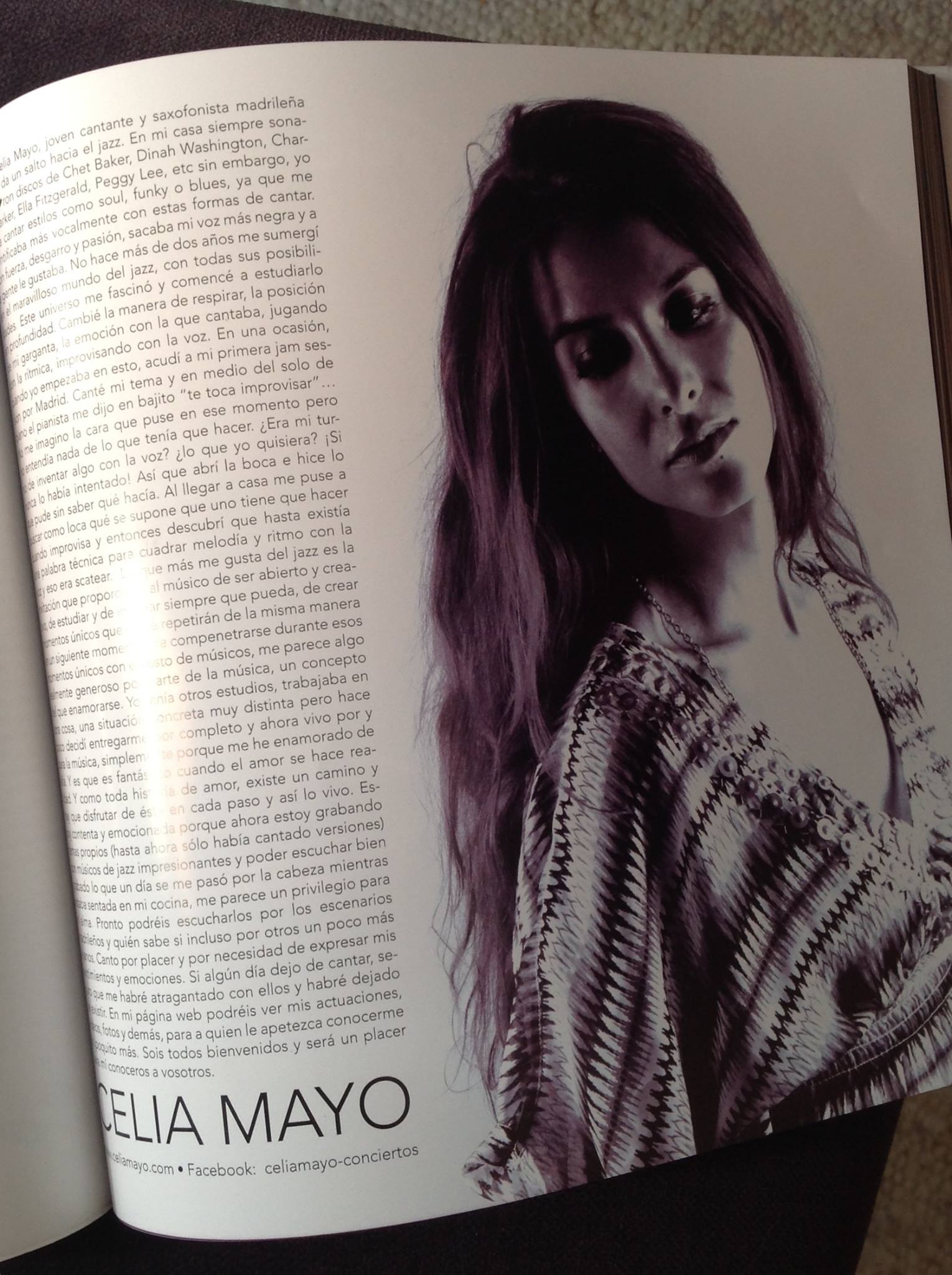 Xoow Magazine. Celia Mayo.