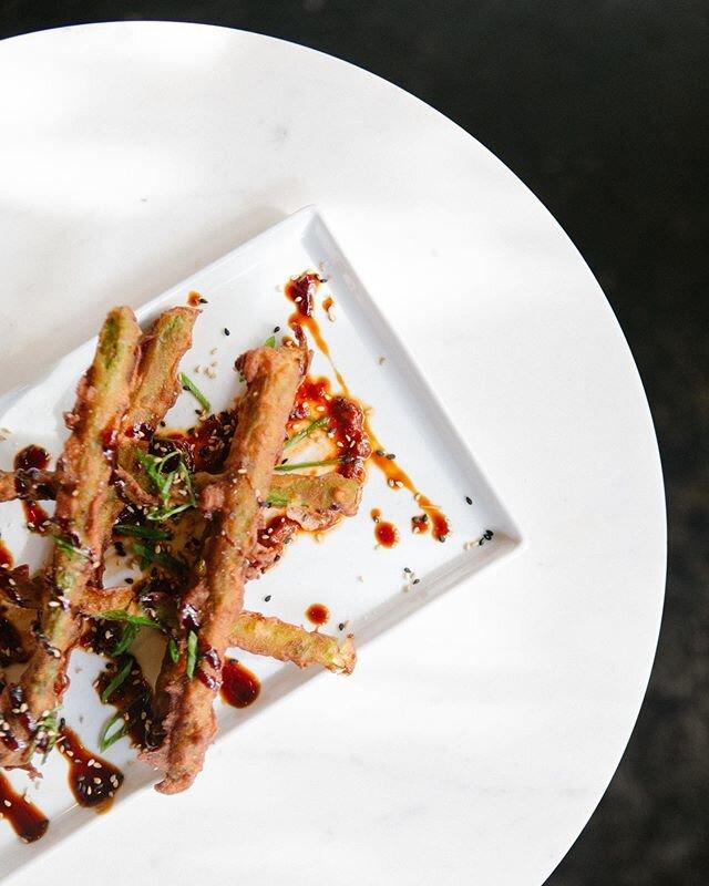 all day happy hour made a little happier by these tempura asparagus . 📸 @alinatyulyu . #WeAreOpen #SocialDistanceDining #OpenForTakeout #CurbsidePickUp #exploremidtown #sacramento365 #sacramentofoodies #sacfarm2fork #vegansacramento