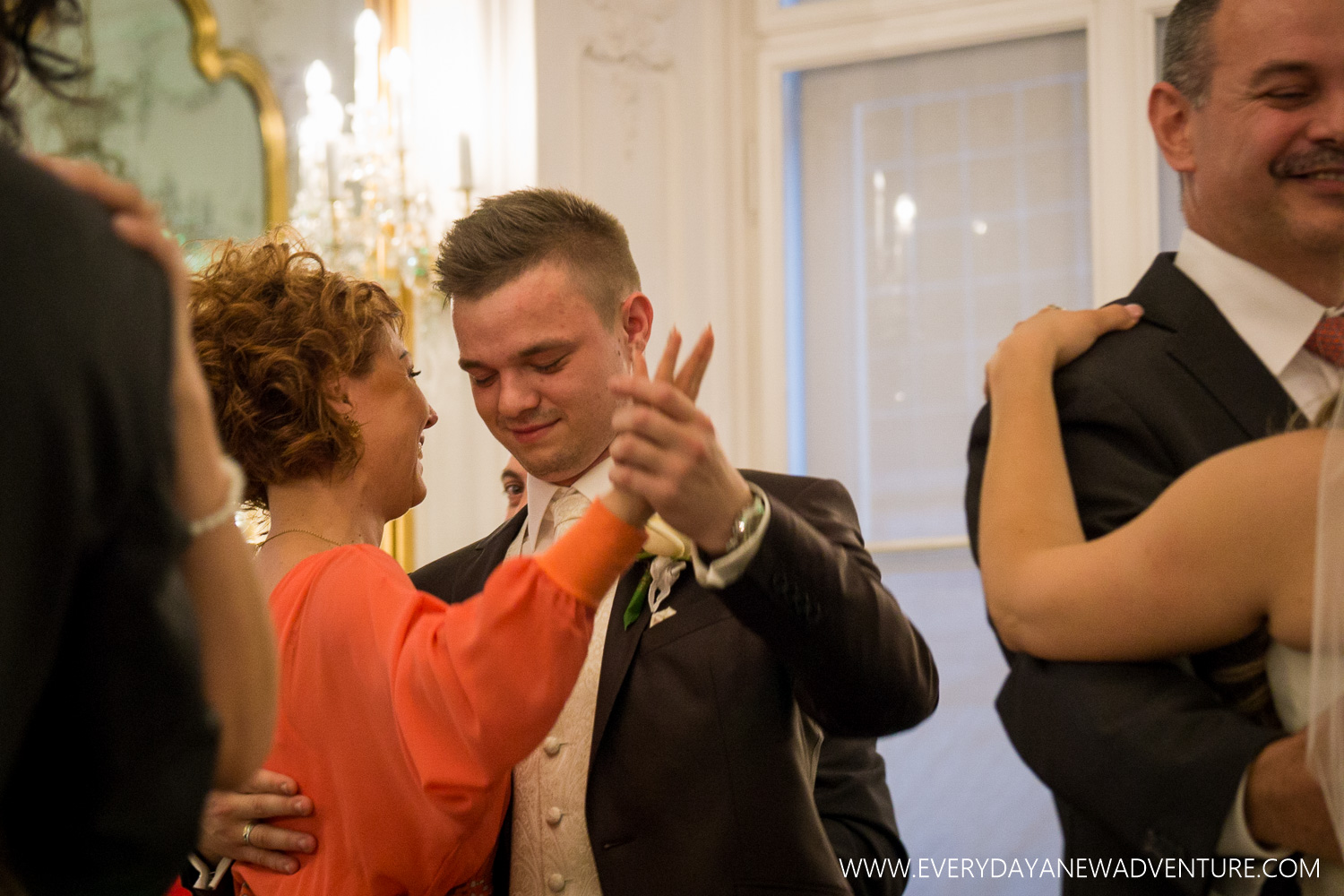 [SqSp1500-033] Budapest - Inez and Arni's Wedding!-311.jpg