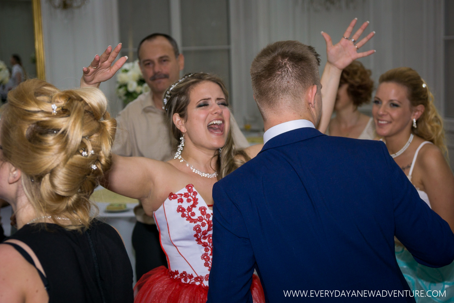 [SqSp1500-107] Budapest - Inez and Arni's Wedding!-680.jpg