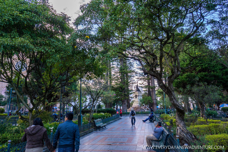 Plaza Abdon Calderon, Cuenca