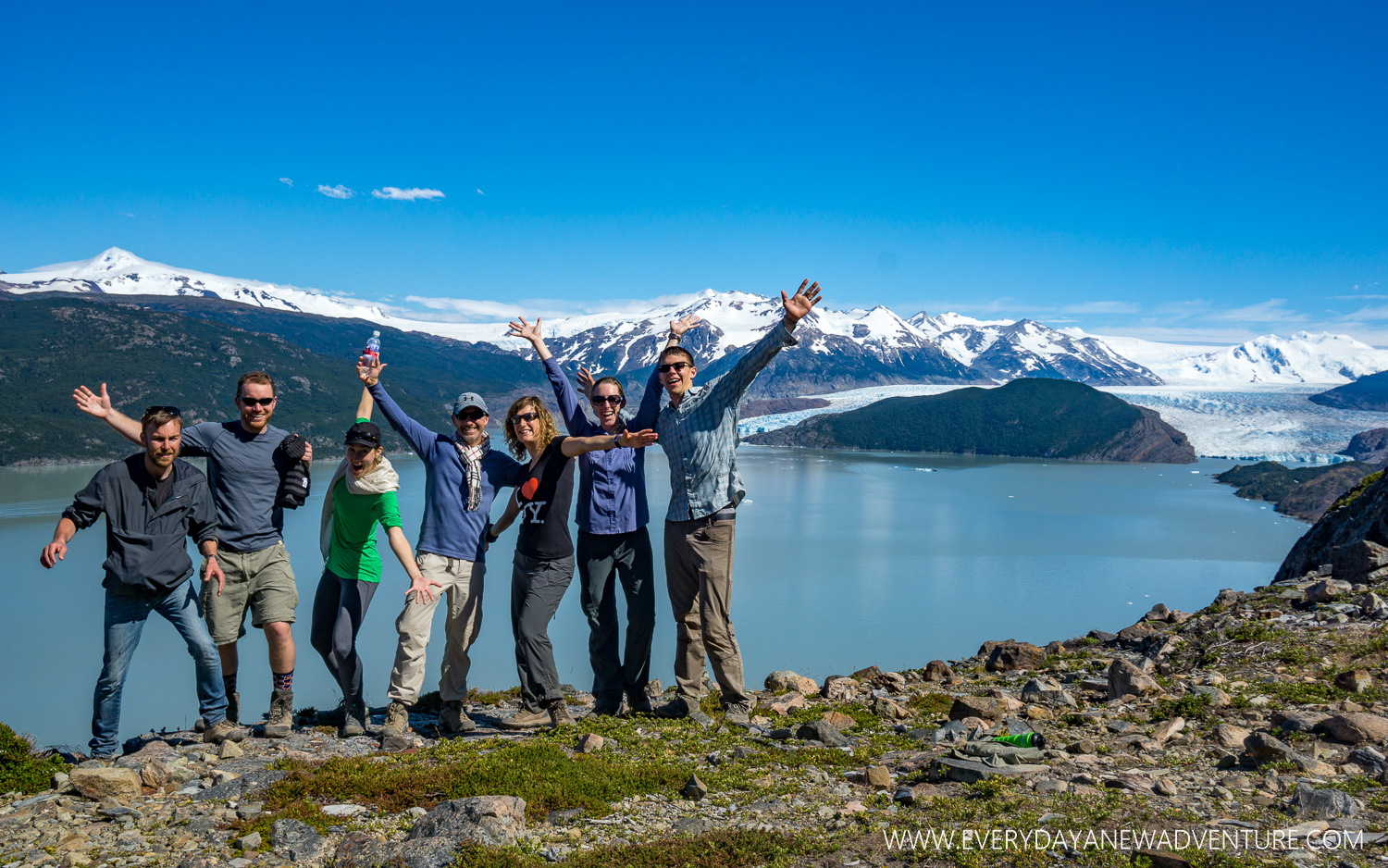 Our hiking troop - Jonathan, Gordon, Tessa, Andrew, Fleur, and us!