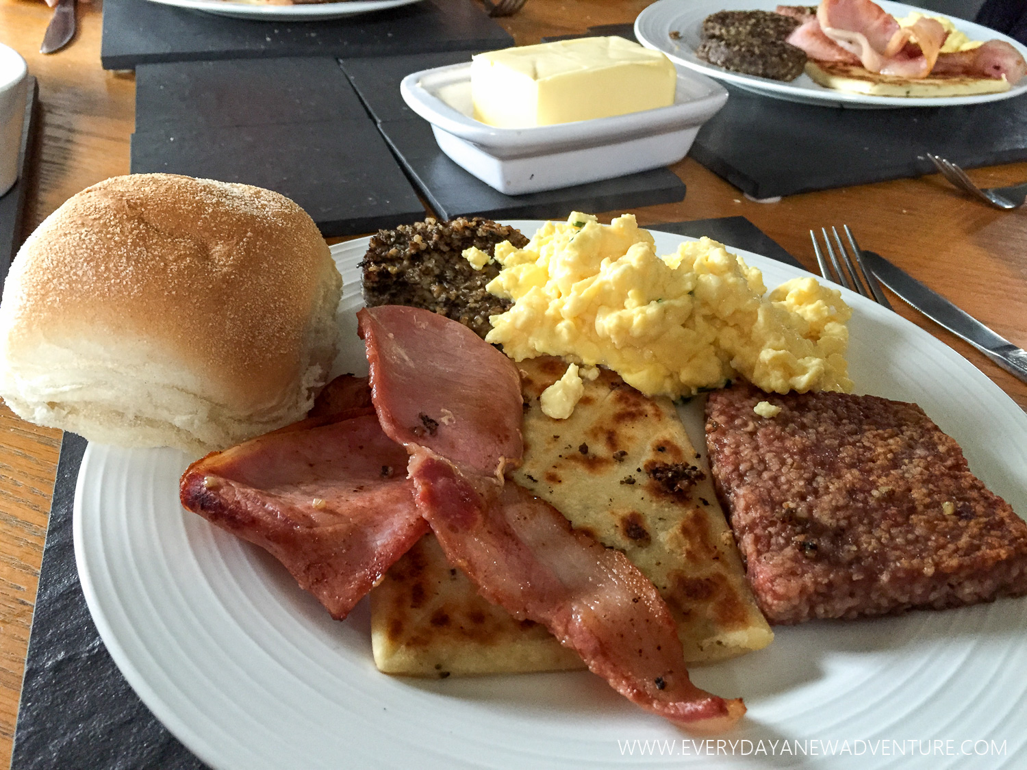 Traditional Scottish breakfast courtesy of our friend, Chic, at his house in Stirling! Look at that perfect haggis and lorne sausage!