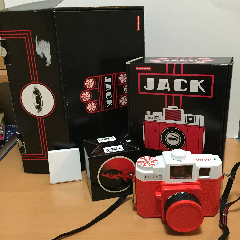 Here is my limited edition Jack White Holga lomography camera. OooooOOOooo AhhhhhHHHhhhh!