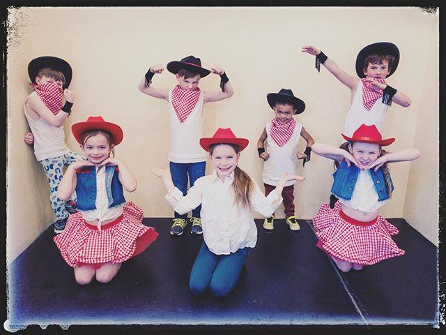 Like a rumblin' tumbleweed, these buckaroos will be ridin' through Missoula on June 1st. Don't miss them! . . . Costumes by @weissmandance . . #FromStageToScreen #Recital2019 #dancemissoula #actsingdance #montanadancer #showtymeacademy #lifeofadancer #dancestudio #dancestudiolife #jazz #tap #ballet #hiphop #musicaltheatre #dance
