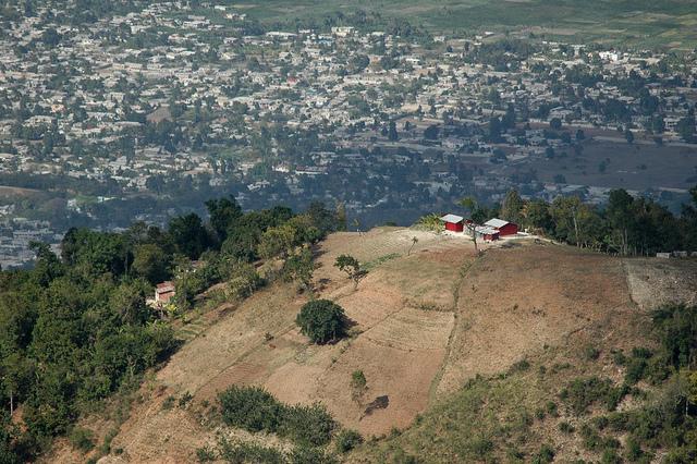 web.pics.haiti.009.jpg