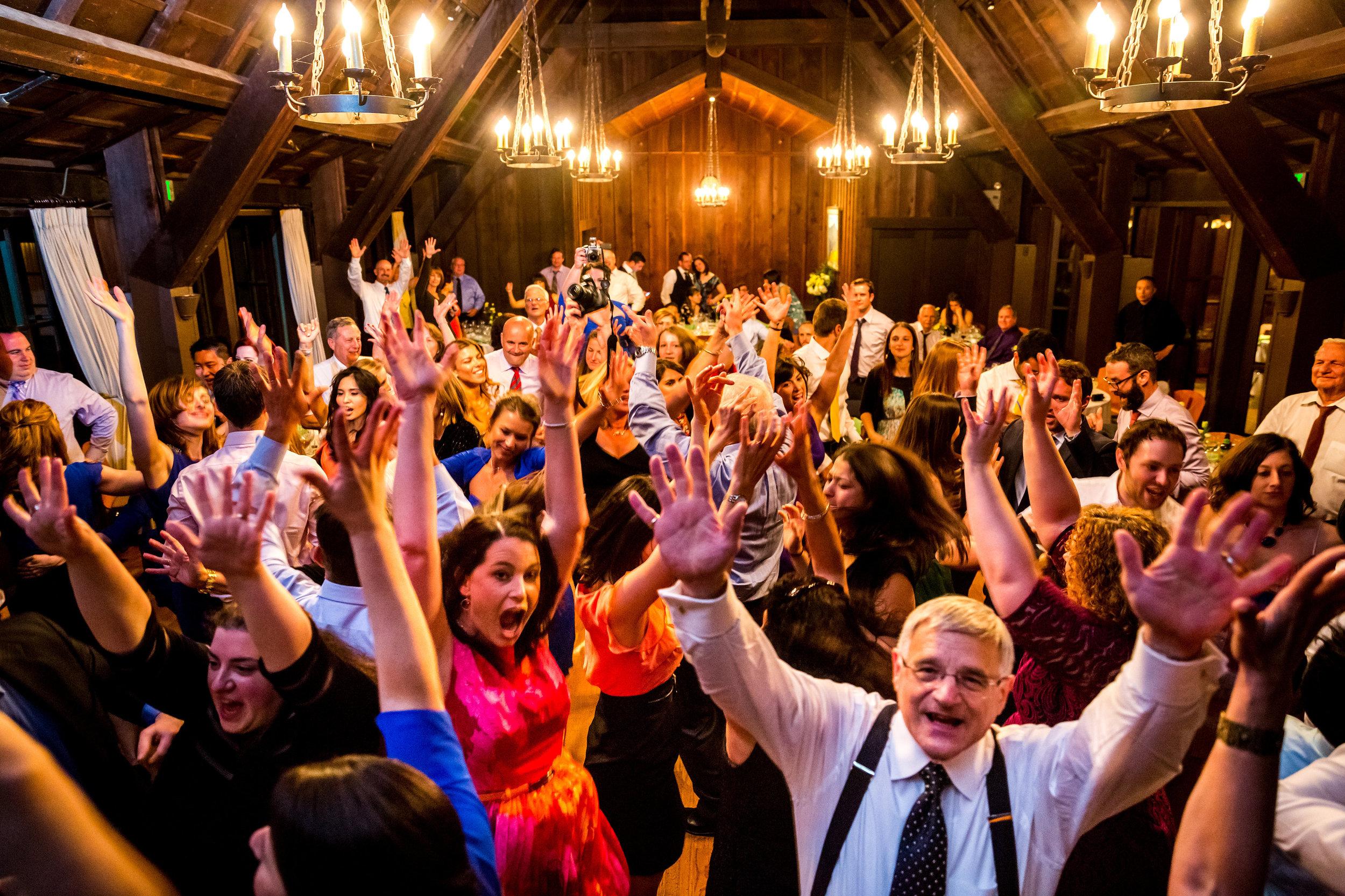 Pack your wedding dance floor!