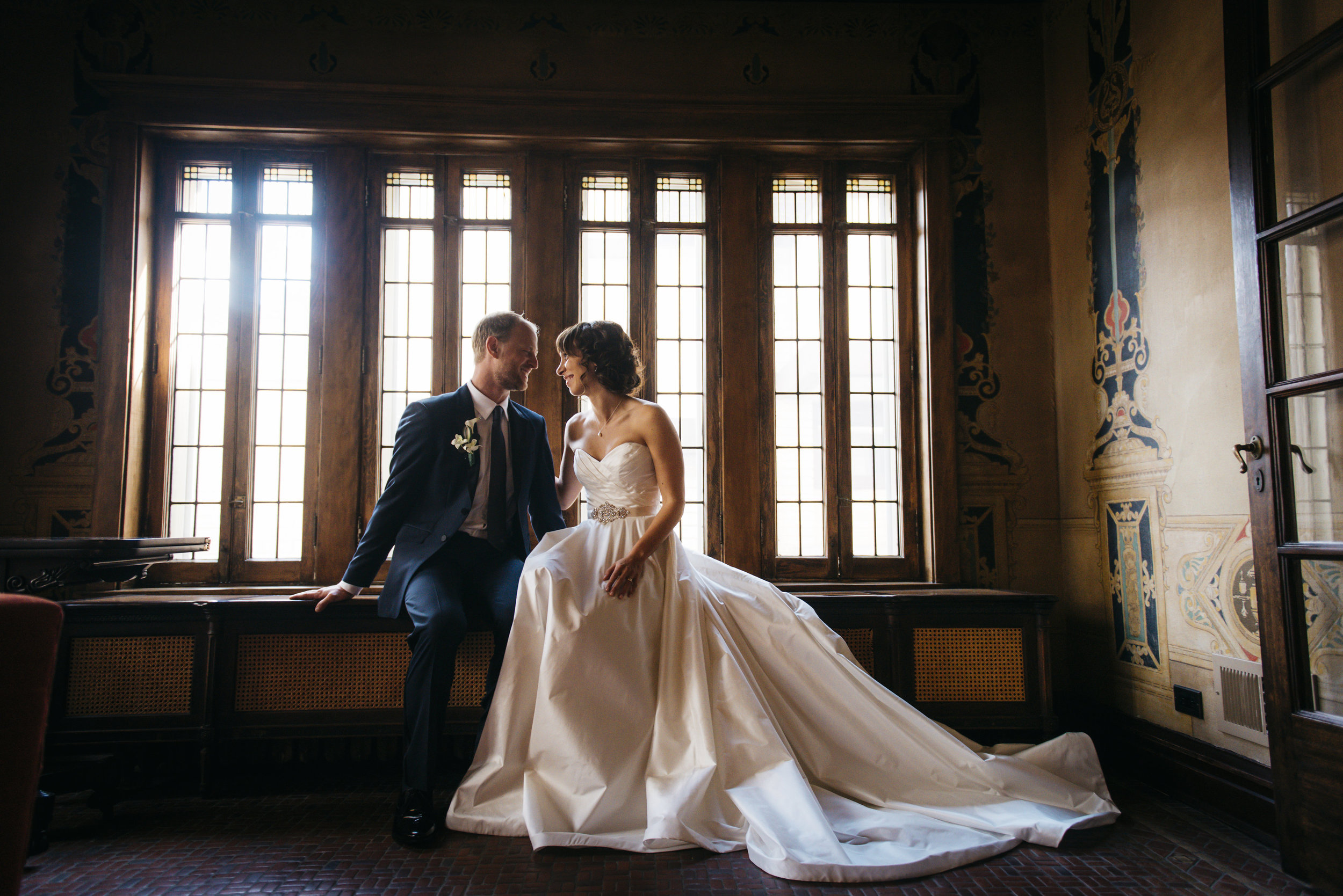Wedding couple at the Emil Bach House in Chicago, IL
