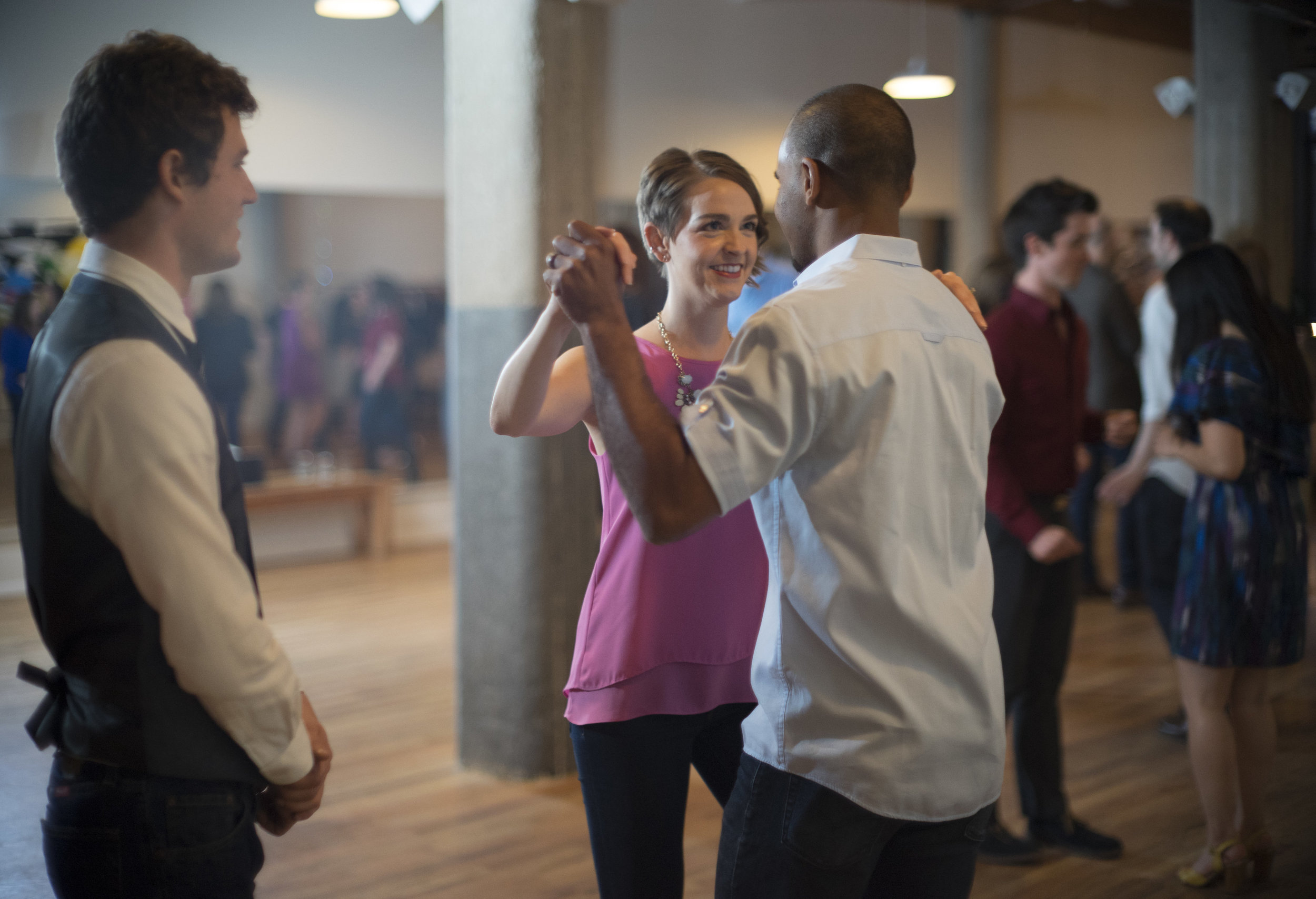 Salsa Dance lessons chicago.jpg