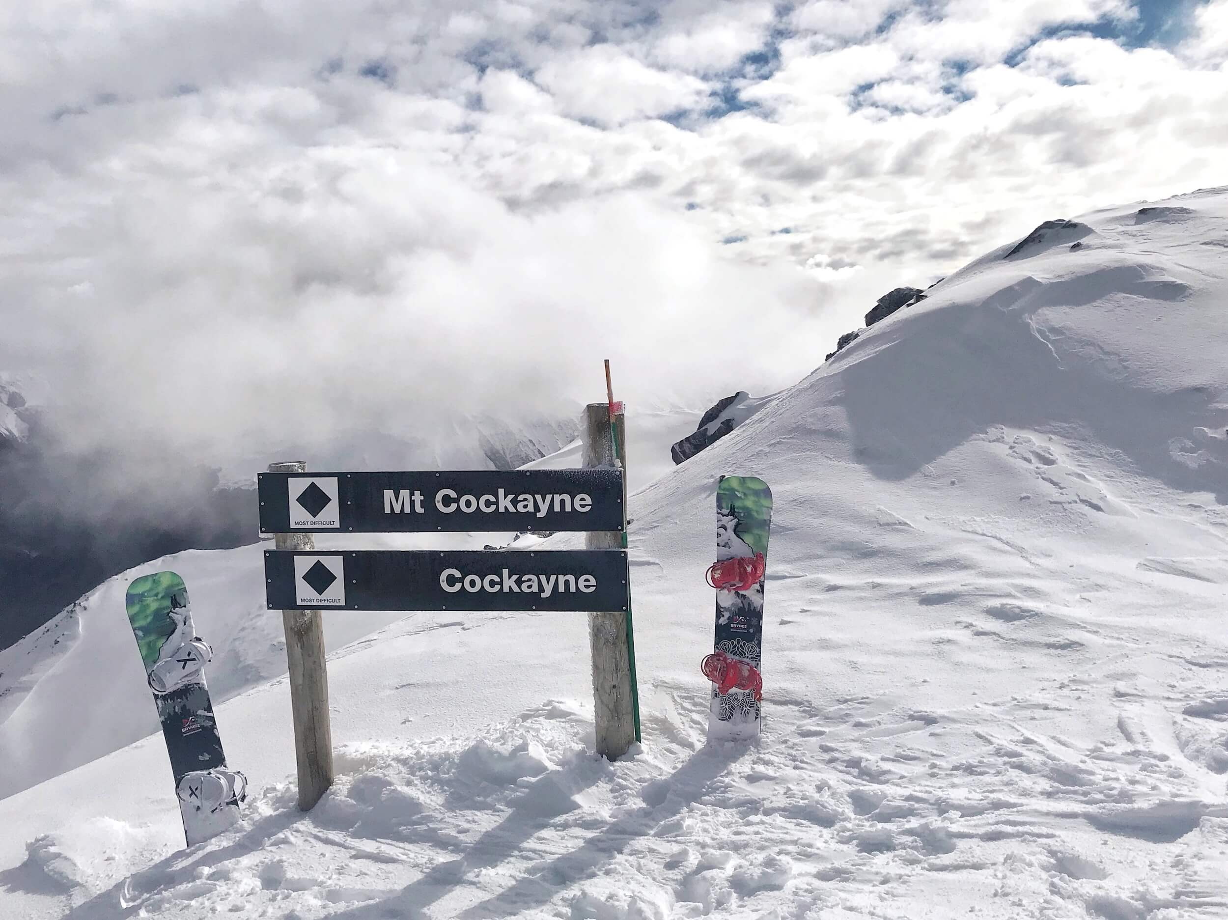 THIS POINT IS ACCESSED VIA A 60 SECOND WALK FROM THE TOP OF THE RIDGE T-BAR.