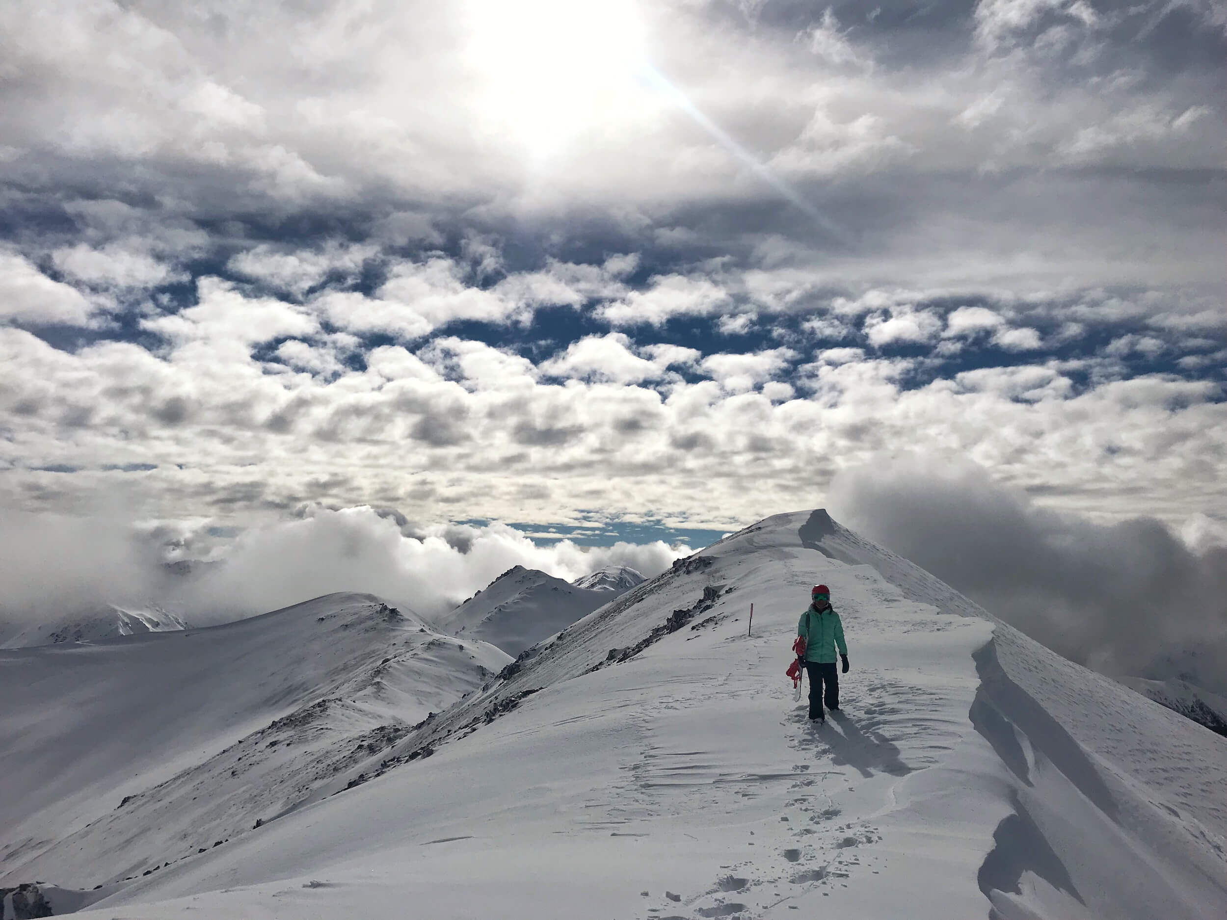 TAKE 5 MINS TO HIKE THE RIDGE LINE TO THE TOP OF MT COCKAYNE TO MAKE THE MOST OF THE COCKAYNE BOWL.