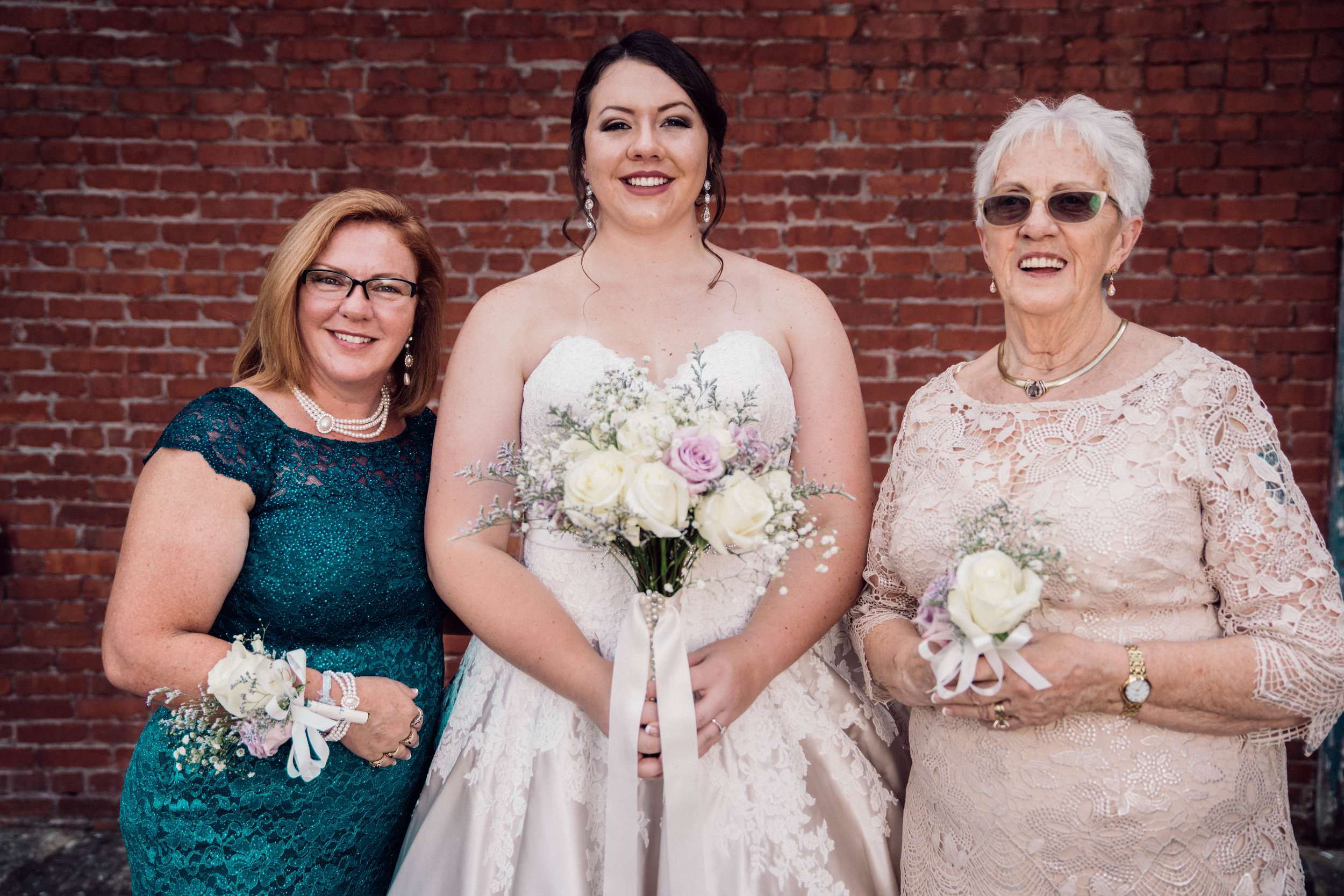 Bride Maids & Family Together LR-77.jpg