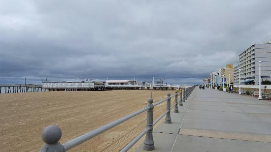 virginia-beach-boardwalk.jpg