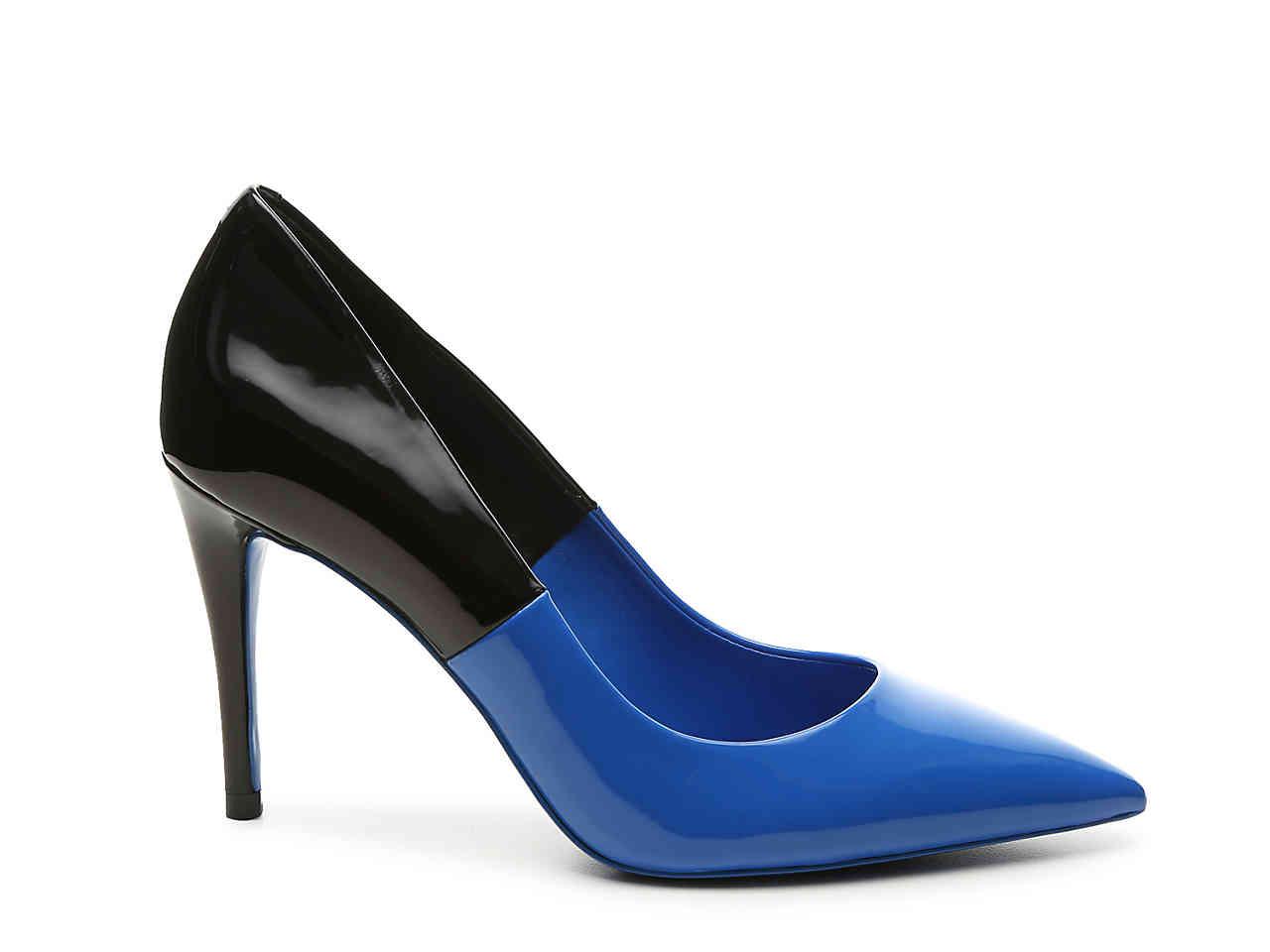 blue pumps.jpg