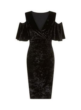 black velvet dress2.jpg