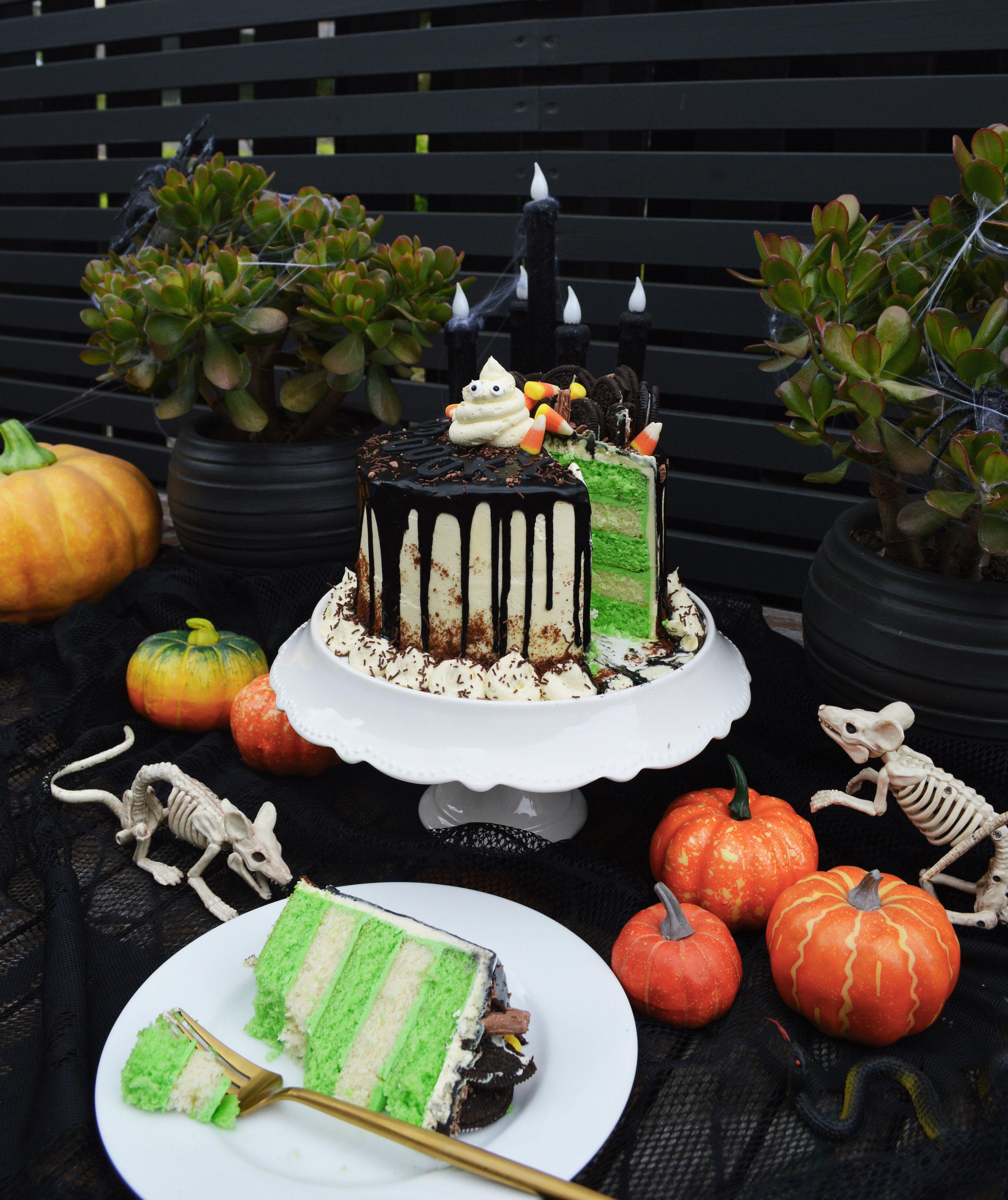 halloween cake 1.jpg