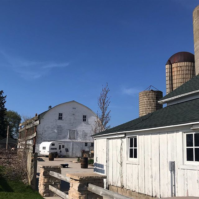 Excited to be at @ashleyfarmweddings for a beautiful spring wedding! - - - - - #authenticadventureco #adventureboothco #vintagetrailer #bhldnweddings #michiganbride #chicagobride #mobilebusiness #businessonwheels #wahm #mominbusiness #camper #vintagecamper #photoboothfun #photobooths #outdoorwedding #barnwedding #farmwedding #offbeatbride #vintagebride #bossgirl #girlboss #chicagowedding #michiganwedding #bentonharbor #bosslife #bhldnbride #wisconsinbride #wisconsinwedding #chicagophotobooth #milwaukeewedding