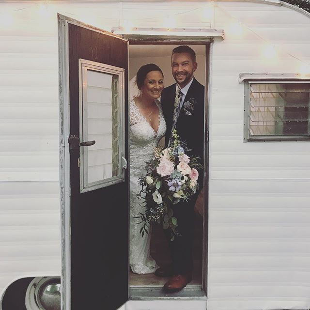 The rain won't stop us from having fun! Happy wedding day Lisa and Aaron! We love getting to celebrate with you and your loved ones. 😍😍😍 - - - - - #authenticadventureco #adventureboothco #vintagetrailer #bhldnweddings #michiganbride #chicagobride #bluedressbarn #businessonwheels #wahm #mominbusiness #camper #vintagecamper #photoboothfun #photobooths #outdoorwedding #barnwedding #farmwedding #offbeatbride #vintagebride #bossgirl #girlboss #chicagowedding #michiganwedding #bentonharbor #bosslife #bhldnbride #myweddingday #wisconsinwedding #chicagophotobooth #weddingday