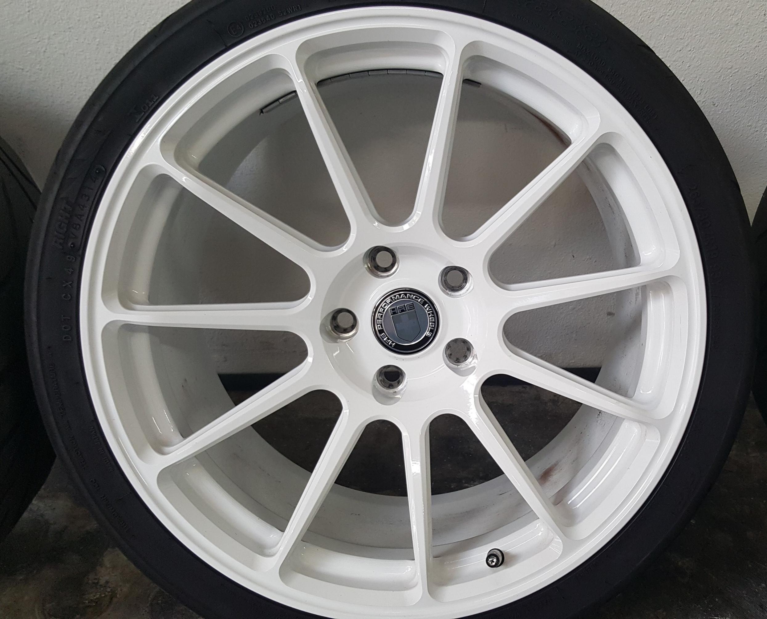 hre-wheels-white