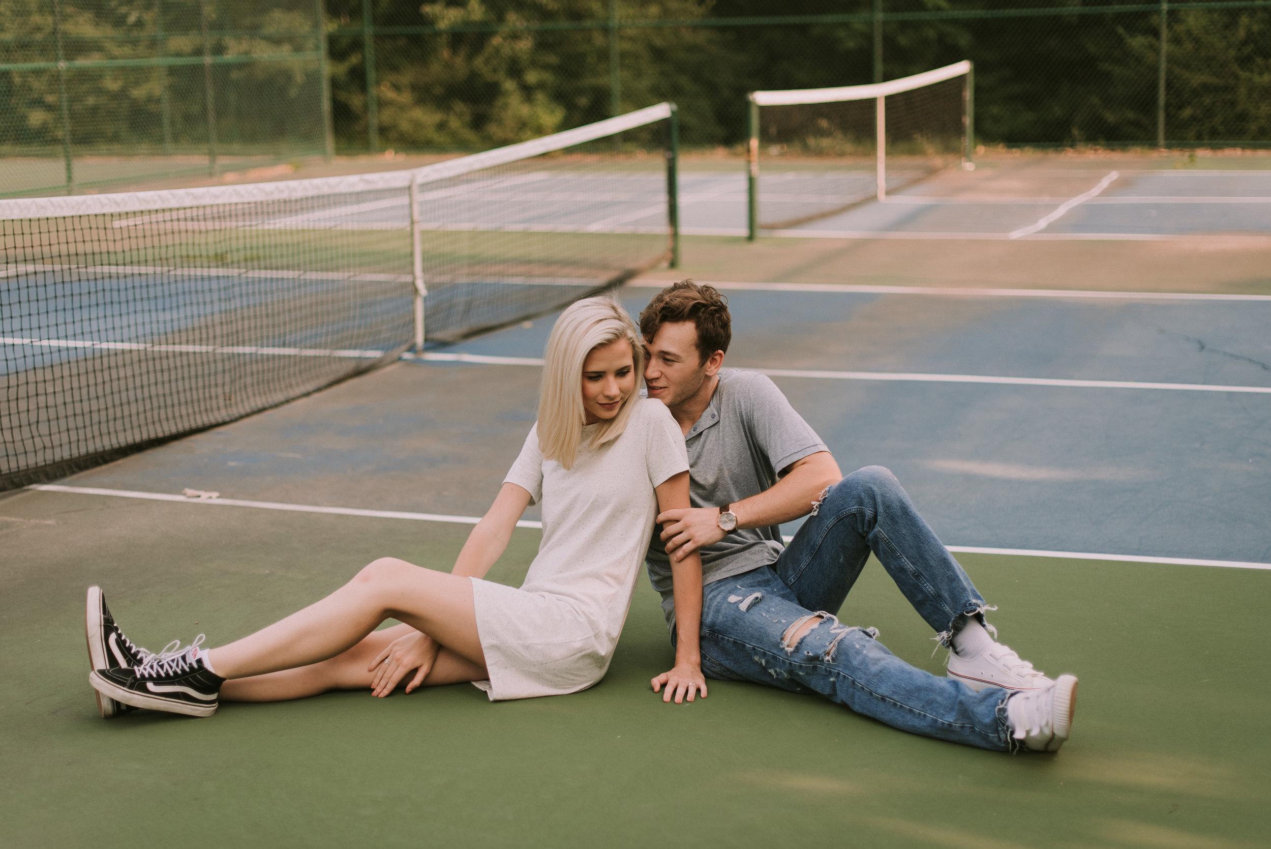DawsonandKaileyTennisCourtEngagementsFayettevilleArkansasFreckledFoxPhotography-9319.jpg