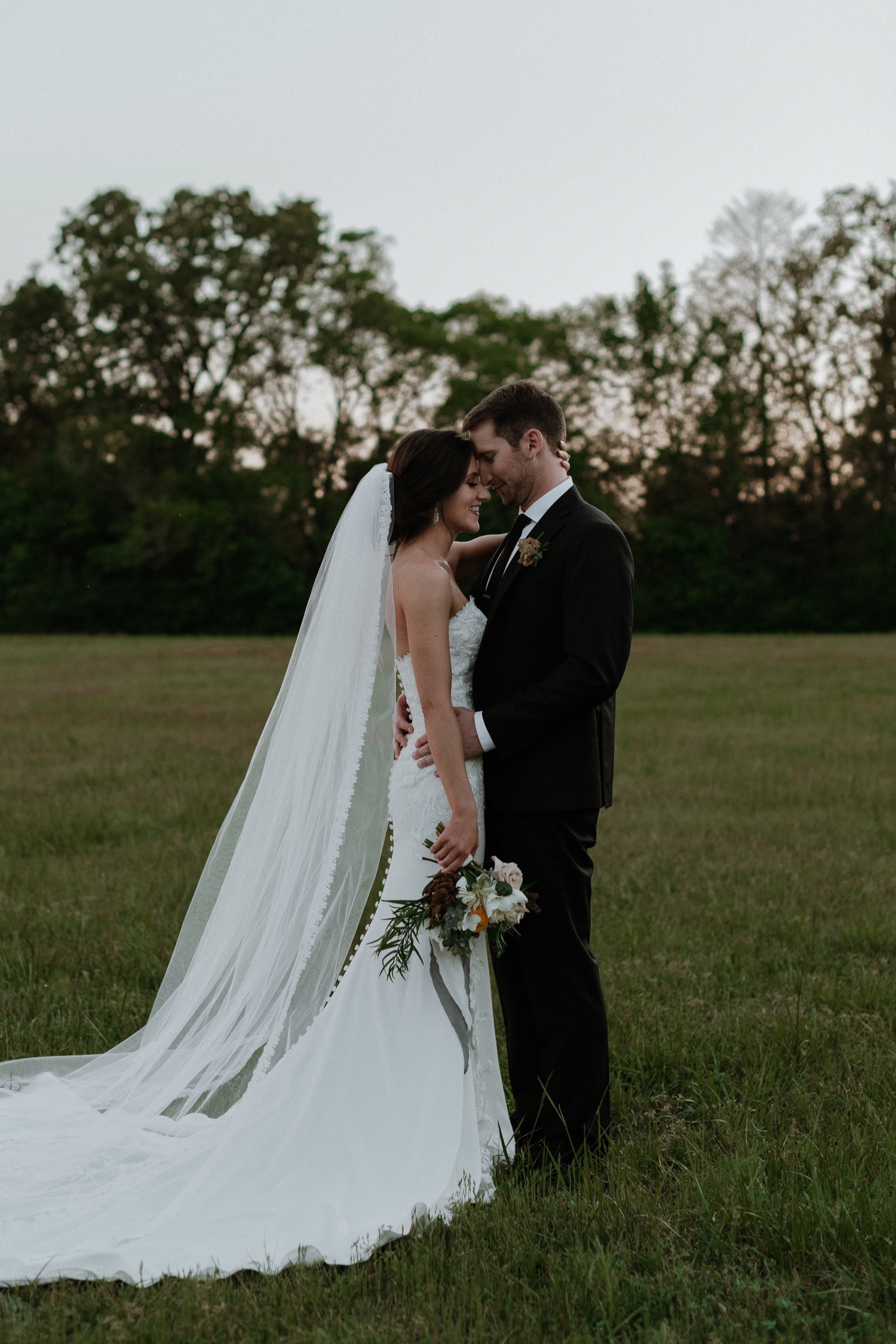 64_JacobandAliWeddingMattLaneFarmFreckledFoxPhotography-900.jpg