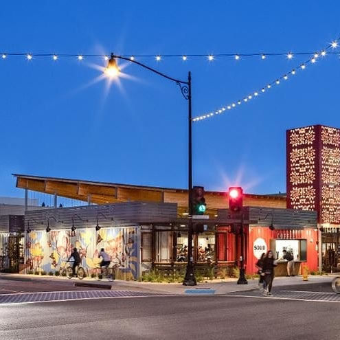 very cool project I covered for @forbes. 14 shipping containers were repurposed into @steelcraft Bellflower, a food hall in a town outside of LA. ✨ The area was a food desert & now locals have a fantastic spot. 👍 Link up top. #restaurantdesign #architecture #sustainable #design