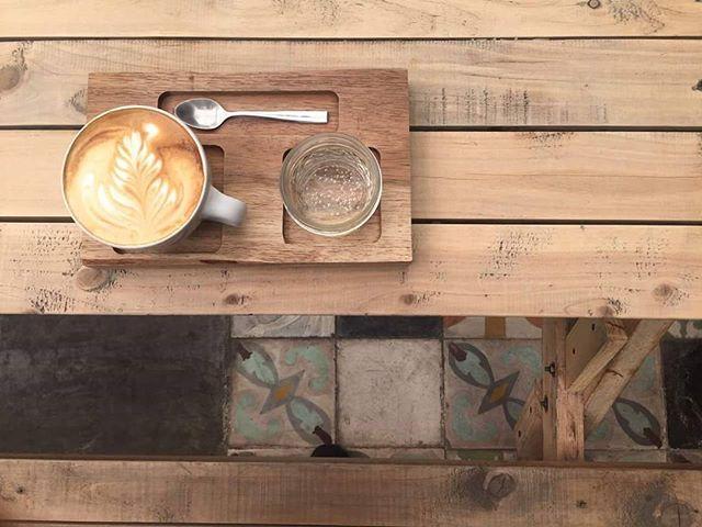 ☕ Coffee is always a good idea!  #cmc #compañiamexicanadecafe #coffeshop #coffeetime #artcoffe #cafeteria #lucerna #lucernacomedor #coffee #drikme #cdmx #ciudaddemexico #mexicocity  #coffeeshot #butfirstcoffee #sociality #coffeeroasters #barista #daily #coffeeporn
